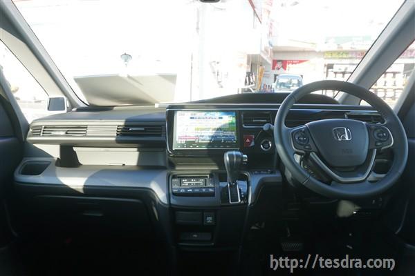 新型ステップワゴンの内装【ハイブリッドvsガソリンの違いを ...
